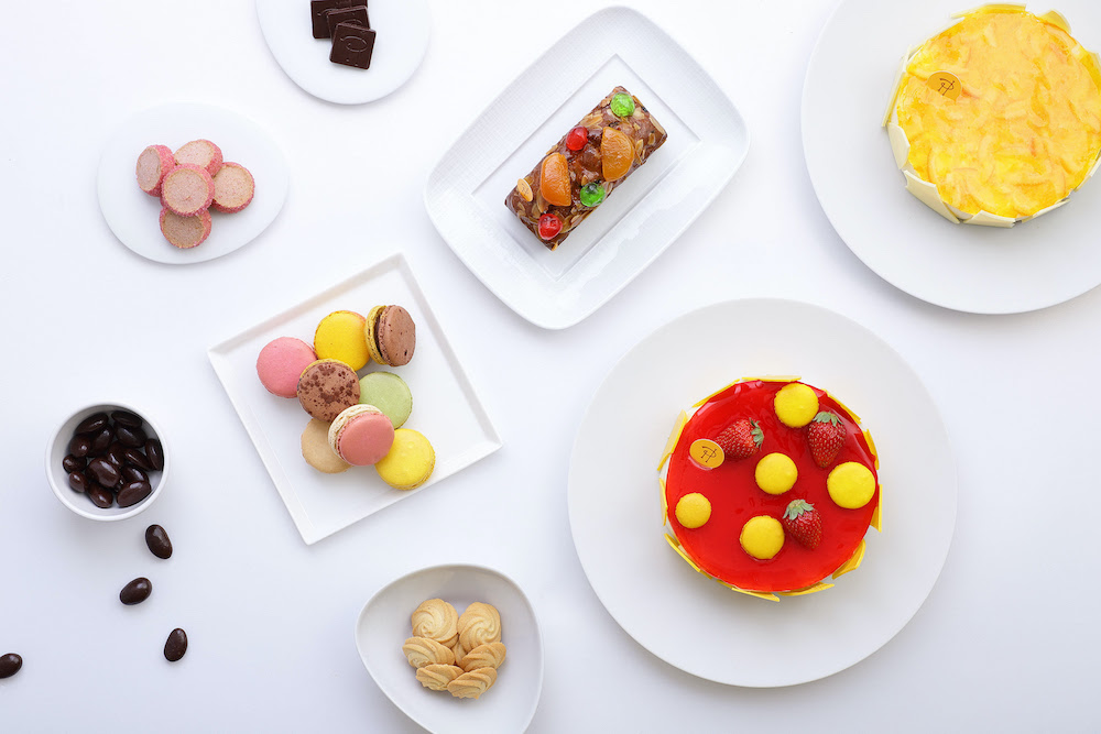 ピエール・エルメ・パリ ケーキ デリバリー