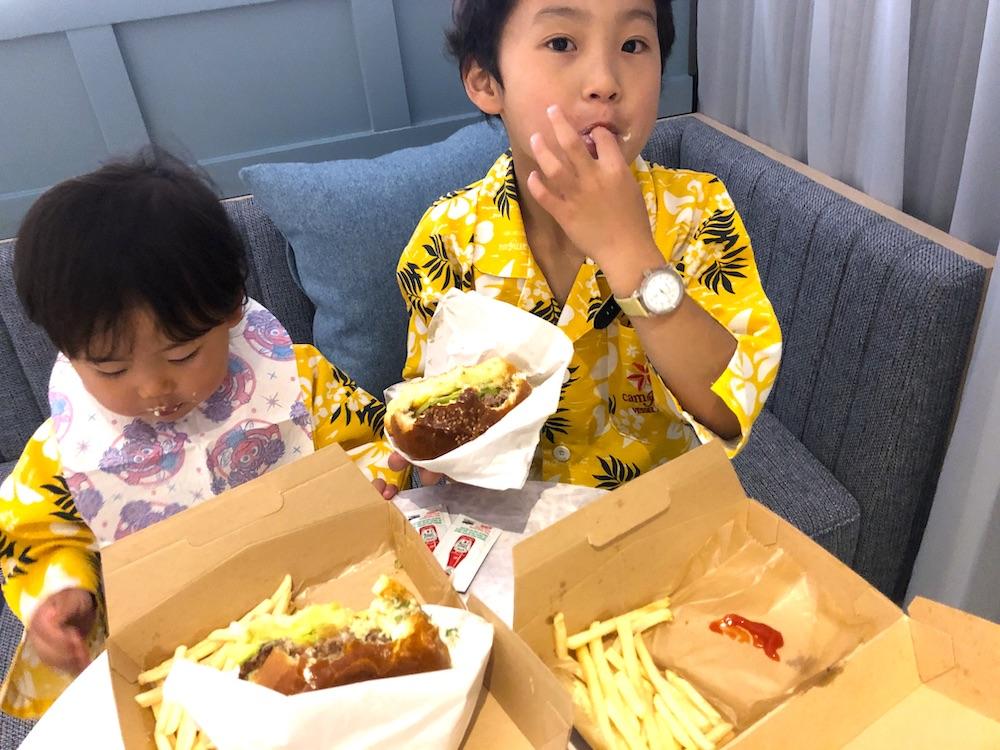 沖縄 家族旅行 食事 ごはん テイクアウト