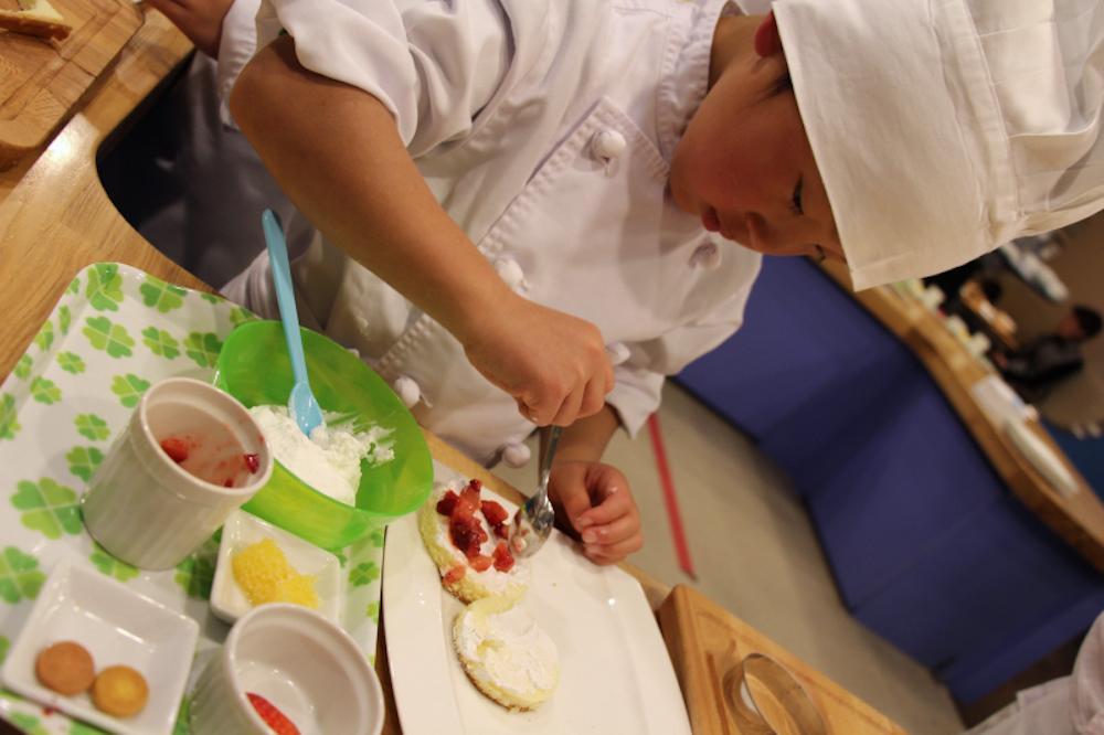 星野リゾート リゾナーレ熱海 キッズパティシエ アクティビティ 子供 赤ちゃん 食事 レストラン ビュッフェ