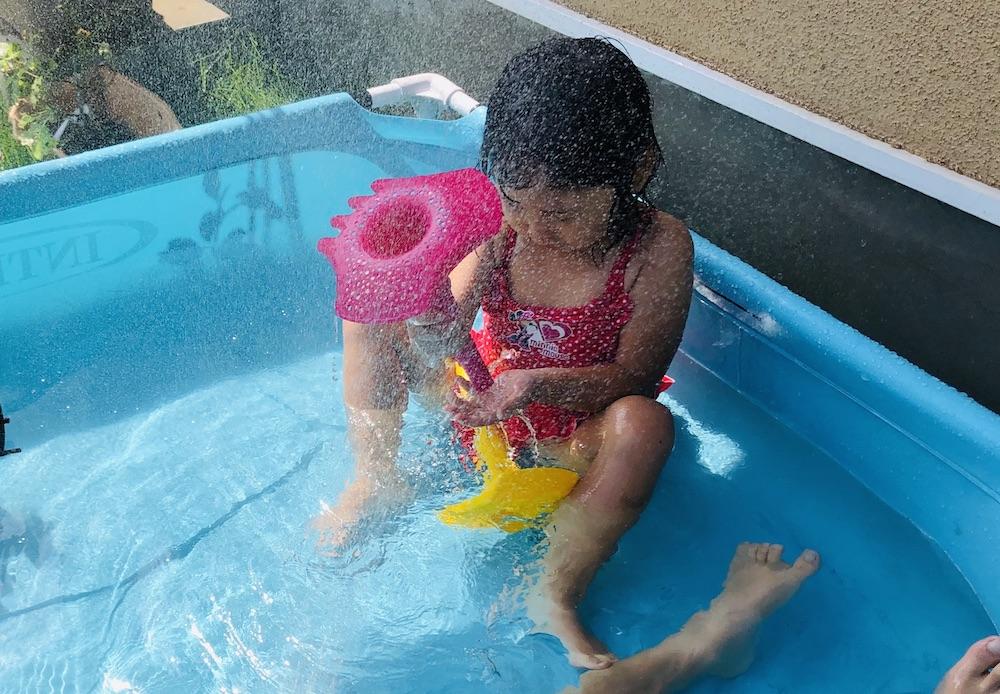 エデュテ スコッピー キュート Quut 砂遊び 水遊び プール遊び お風呂遊び おもちゃ トリプレット